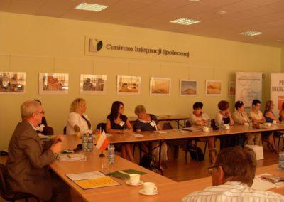 """Utworzenie ośrodków doradztwa dla Międzyrzecza i Wschowy. Konferencja podsumowująca. Projekt w ramach akcji """"Człowiek"""""""