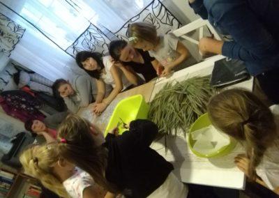 Warsztaty florystyczne z udziałem Naszych uczestników.