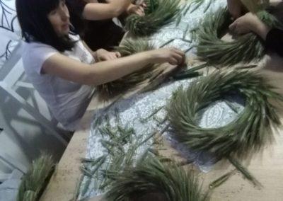 Warsztaty florystyczne zudziałem Naszych uczestników.